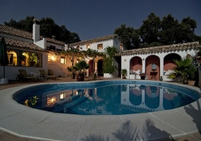 3000 Bunnie Lane,California,6 Bedrooms Bedrooms,6 BathroomsBathrooms,Villas,Bunnie Lane,1009